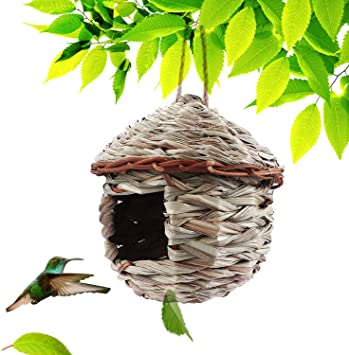 Kimdio Bird House Winter Bird House For Outside Hanging Grass Handwoven Bird Nest Hummingbird House Natural Bird Hut Outdoor Birdhouse For Kids Songbirds House A House Garden Outdoor Amazon Com
