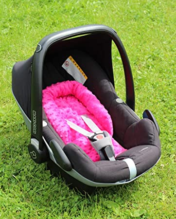 Sweet Baby ** SOFTY MINKY ** Reductor para silla de bebé Maxi Cosi/Römer etc. / Protector de cuerpo para coche (0-6 meses) (Pink)