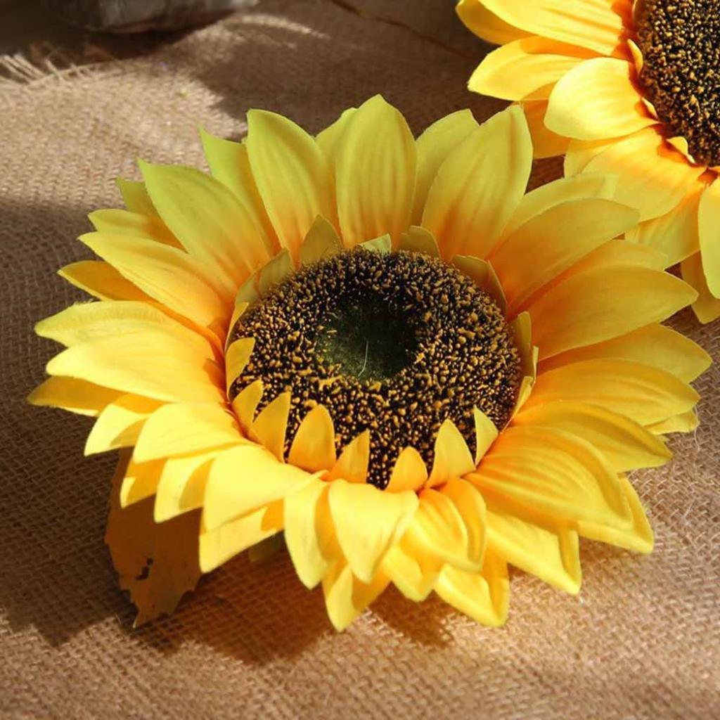 Inverlee-1Pcs-Artificial-Flowers-Silk-Sunflower-Floral-Fake-Flowers-Wedding-Bridal-Bouquet-DIY-Home-Garden-Decor
