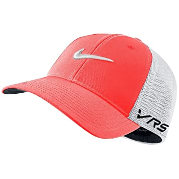 a9309c182bf2c3 New Tour Flexfit Cap New Logo Nike golf cap golf cap: Amazon.co.uk ...