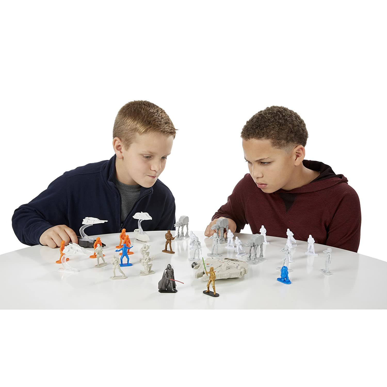 Amazon Star Wars mand Millennium Falcon Set Toys & Games