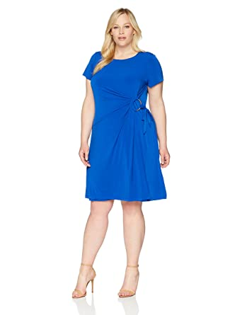 47cae21b94 Calvin Klein Women s Plus Size Short Sleeve Sheath with Side Ruche Dress at  Amazon Women s Clothing store
