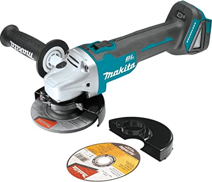 Makita XAG03Z featured image