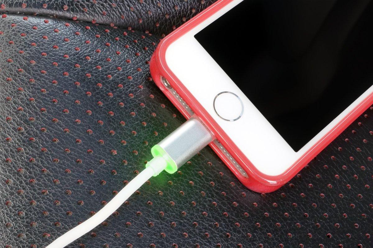 VisionTek Lightning to USB Smart LED 2 Meter MFI Cable - 900795 by VisionTek