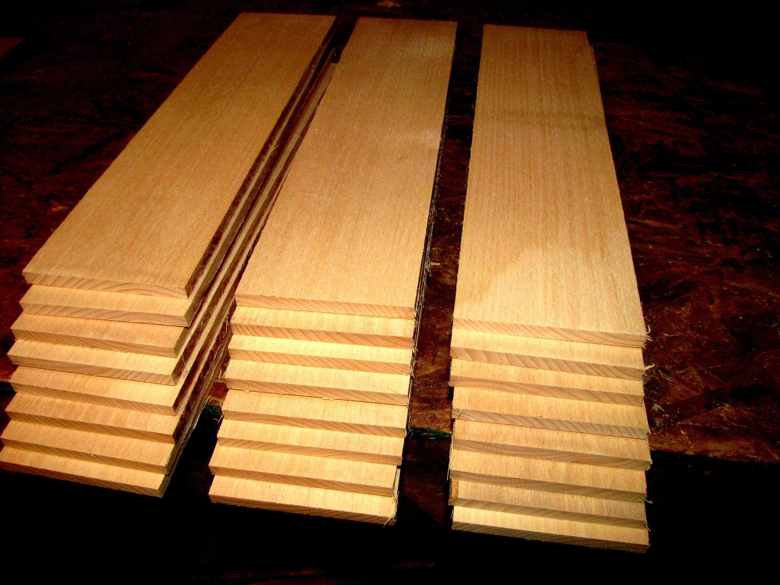 Packages of Thin Premium KILN Dried, Sanded Beech Lumber Twenty 12'' X 3'' X 3/8''