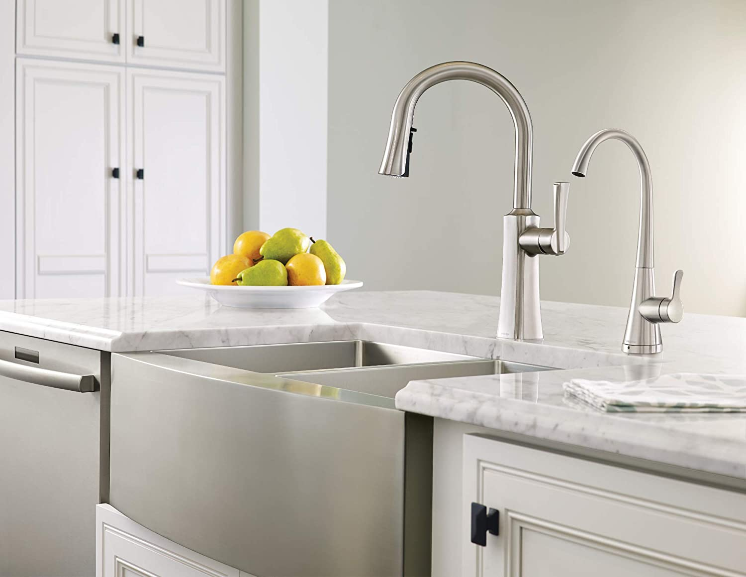 Moen S5520SRS Sip Transitional One-Handle High-Arc Beverage Faucet Spot Resist Stainless