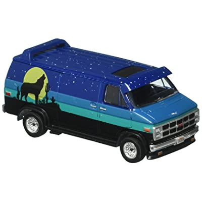 Greenlight 1:64 The Hobby Shop Series 3 1981 GMC Vandura Custom Diecast Vehicle with Backpacker: Toys & Games