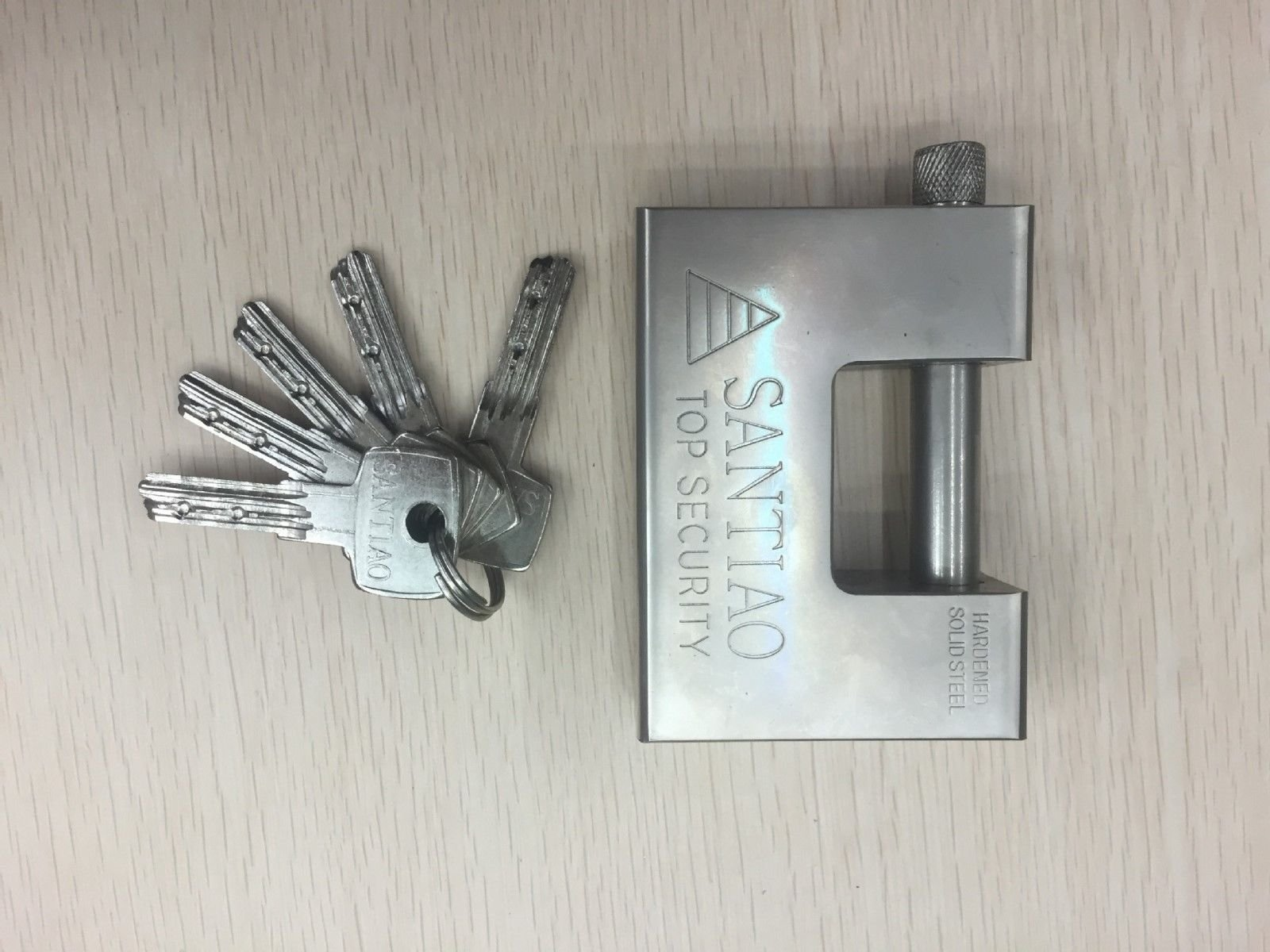 Heavy Duty Padlock/Chain Lock 94mm Shipping Container Garage Warehouse with 5 key