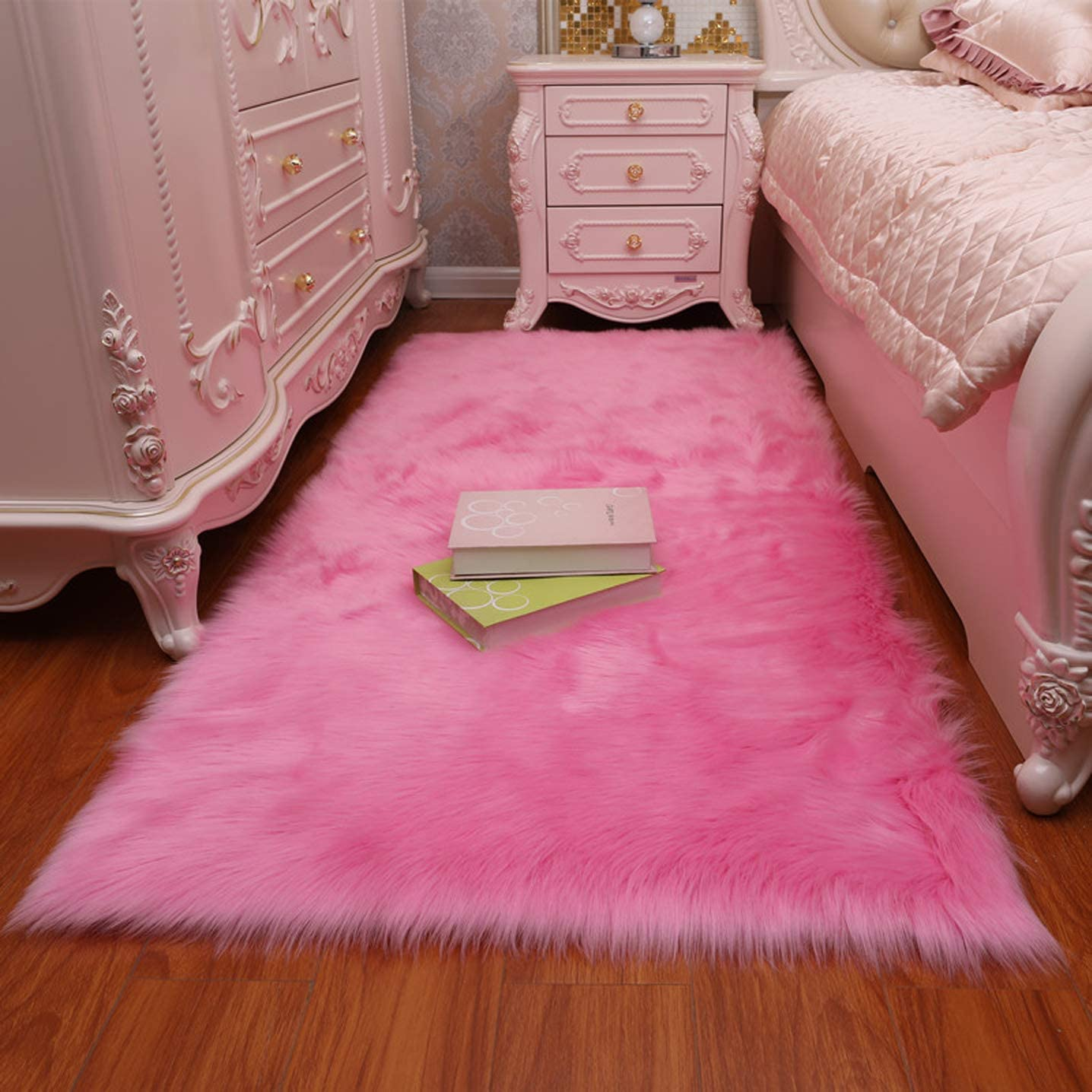 Faux Fur Sheepskin Area Rug,Super Soft Faux Sheepskin Fur Area Rugs Silky Plush Carpet for Bedside Floor Mat Sofa 4 x 6 Feet Pink