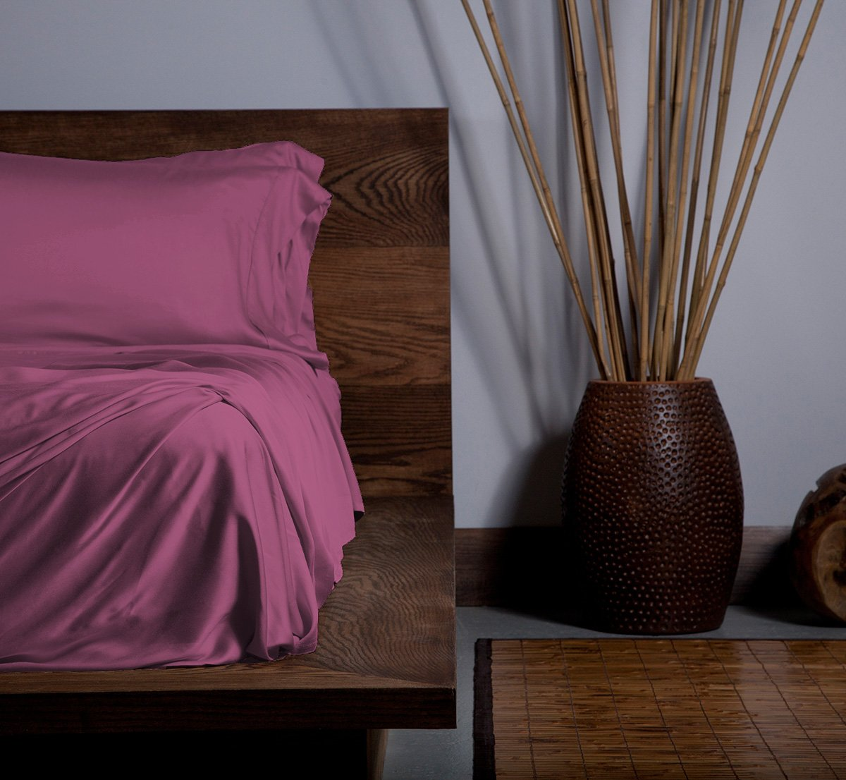 SHEEX ECOSHEEX Bamboo Origin Sheet Set with 2 Pillowcases, Amazingly Soft Luxury Sateen Sheets That Adapt to Your Body Temperature for Year-Round Comfort, Cranberry (California King)