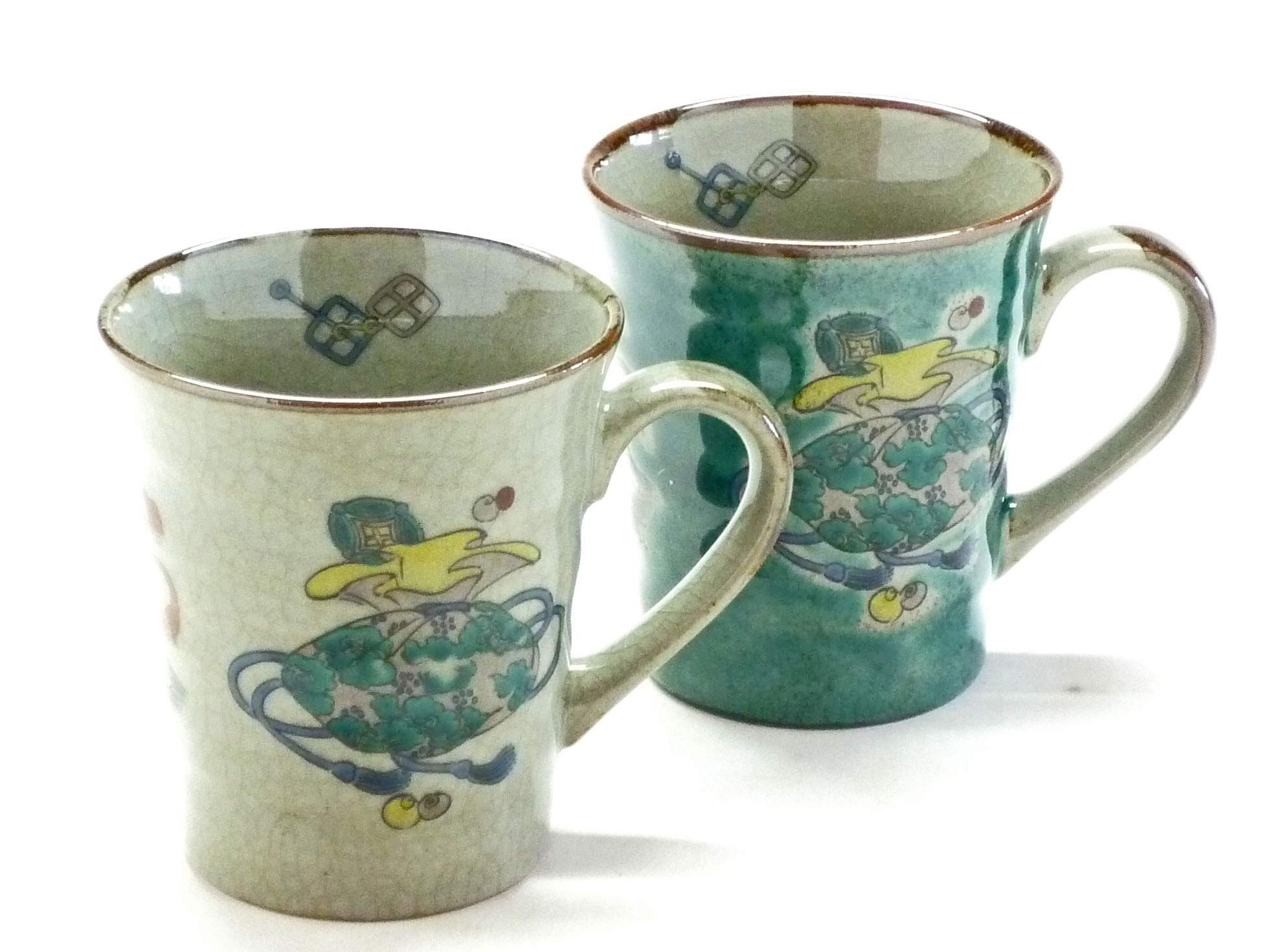 Kutani Hyakkaen Kutani Pair Mug takaratsukushi & Green feat Decorated Base