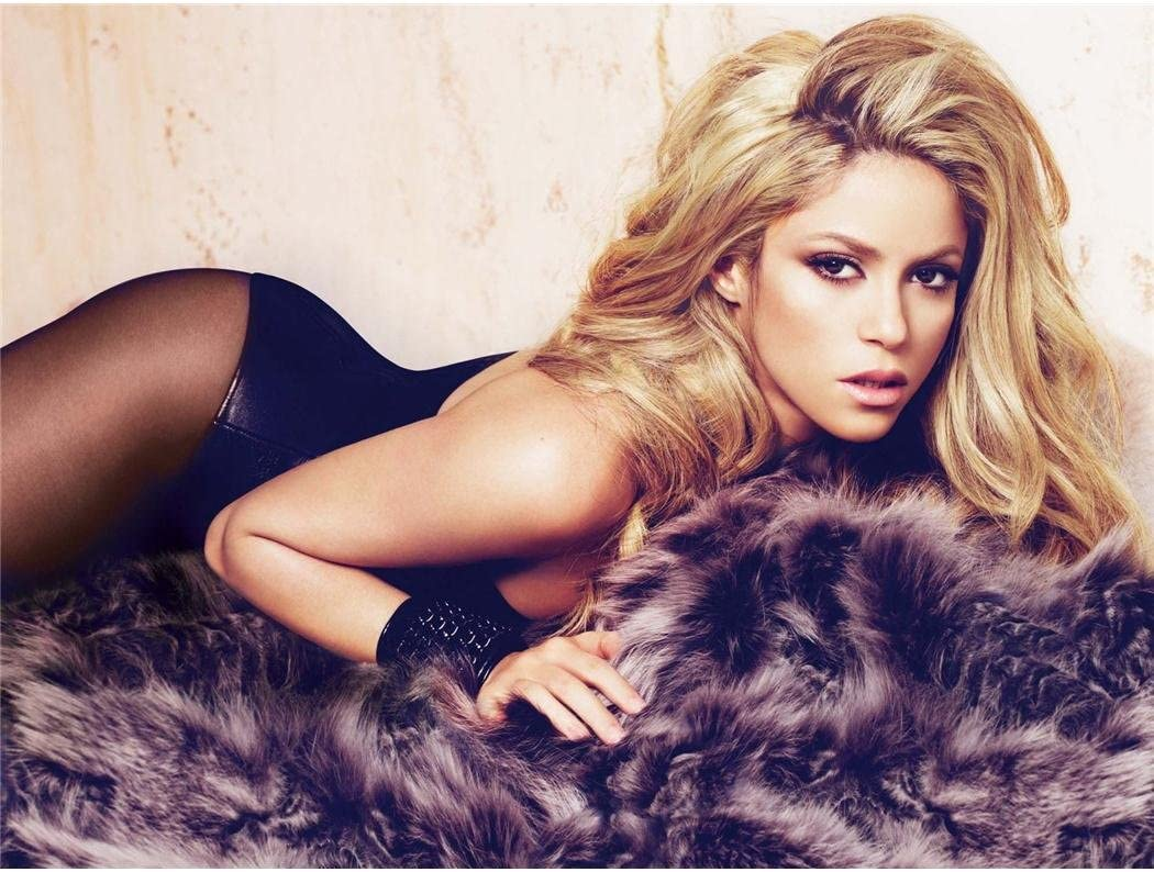 "Shakira Poster 11/""x17/"""