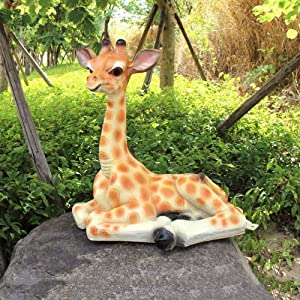 Giraffe Statue Outdoor Garden Sculpture FRP Animal Model for Home Decorations Collection Ornaments Gifts 50 x 32 x 55cm