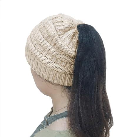273618d39c5 YJZQ Femmes Chapeau Tricoté Hiver Femme Bonnet pour Queue de Cheval Bonnet  Hiver Femme en Tricot