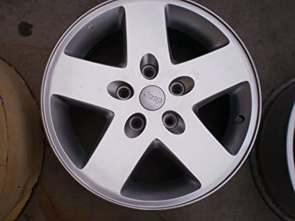 1c2317238ce Image Unavailable. Image not available for. Color  17 Inch Jeep Wrangler  Silver Oem Wheel  9074