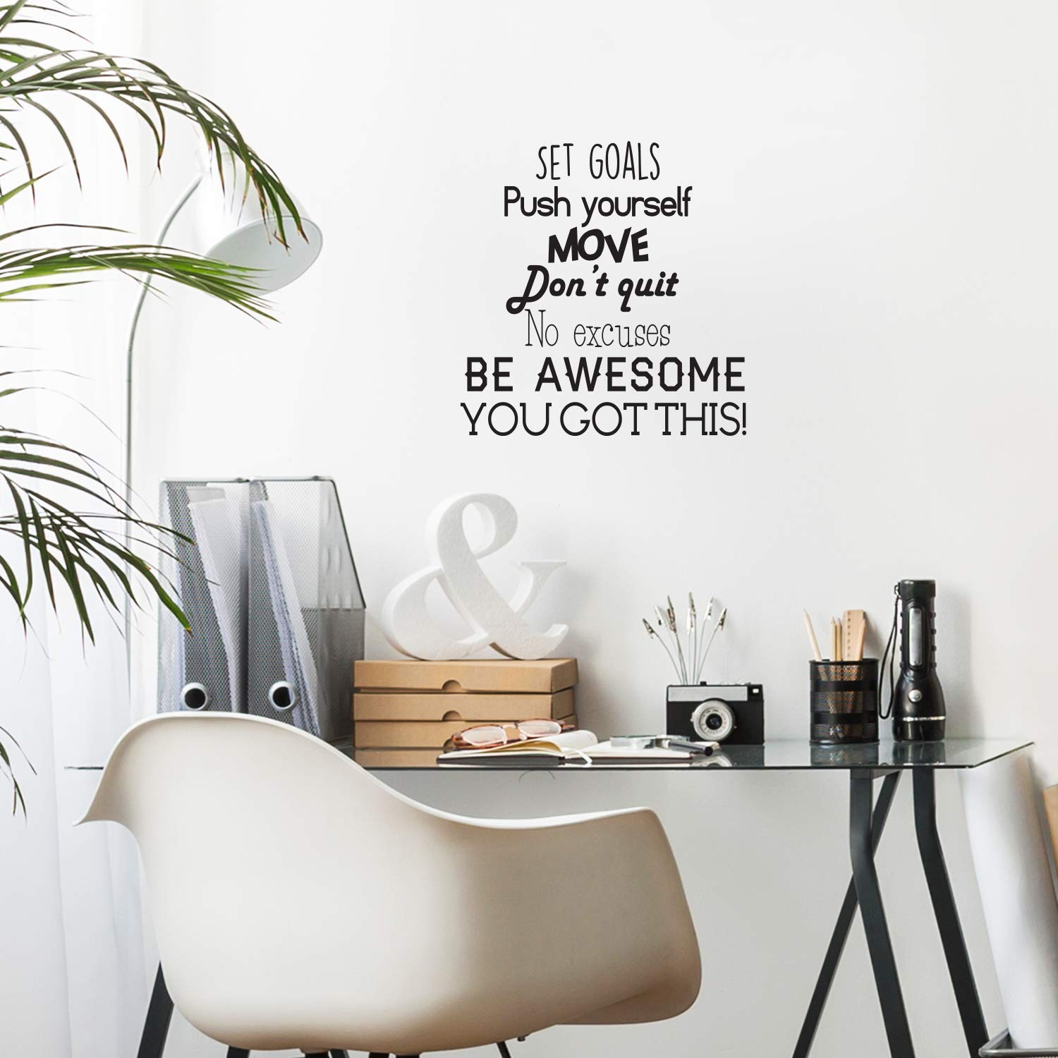 Set Goals, Push Yourself, Don't Quit - Inspirational Quotes Wall Art Vinyl Decal - 24'' x 23'' Gym Quotes Decoration Vinyl Sticker - Motivational Wall Art Decal - Life Quotes Vinyl Sticker Wall Decor