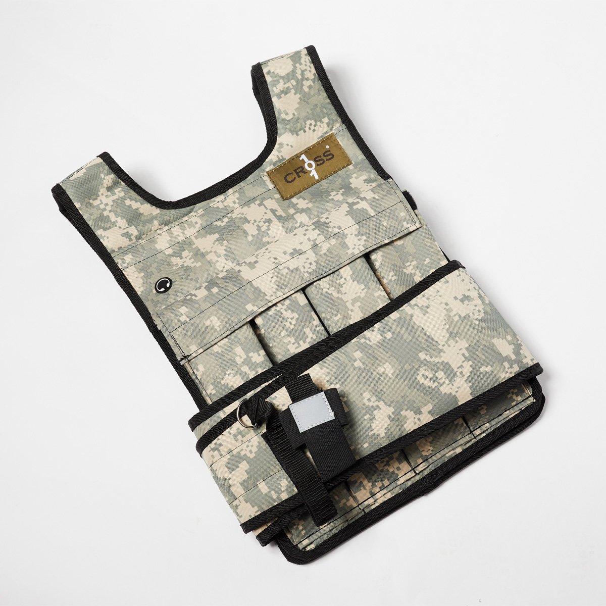 CROSS101 Camouflage Adjustable Weighted Vest (20lbs - 80lbs) with Phone Pocket & Water Bottle Holder (20-lbs)