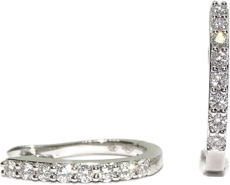 Pendientes medio aro de oro blanco de 18k con 16 diamantes auténticos y cierre de pala cómodo y seguro, ideal para noche. Un regalo inolvidable.