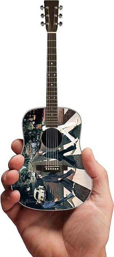Beatles Fab Four – Mini guitarra acústica de Abbey Road Tribute ...