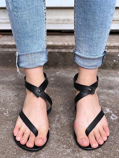 e6a81e12cd9b Amazon.com  BSGSH Womens Thong Sandal Clip Toe Shoes Summer Causal Beach Gladiator  Flat Sandals  Clothing