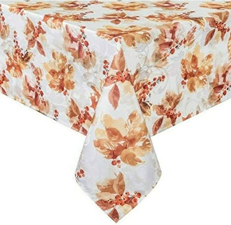 Amazon Com Bed Bath And Beyond Rustic Berries 60 Inch X 102 Oblong Tablecloth Home Kitchen