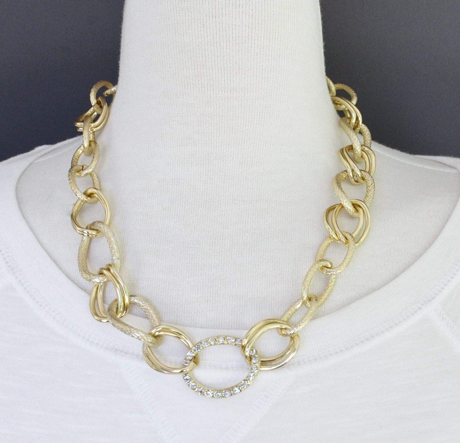 69dd717145ef Amazon.com  Gold tone chunky chain link collar bib statement necklace  earrings 18-20 long  Beauty