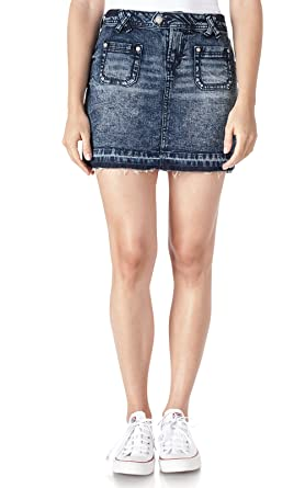9d2b1506f WallFlower Juniors Patch Pocket Denim Skirt in Donna Size: 13 at Amazon  Women's Clothing store: