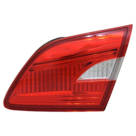 TYC 11-6953-00-1 Replacement Right Tail Lamp for Subaru Forester