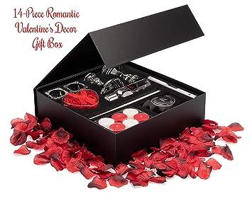 Amazon Com Essential Romance In A Box Romantic Valentine S Day
