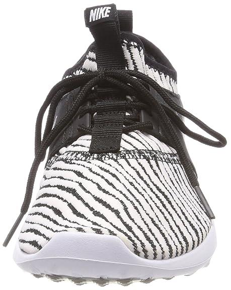 promo code eefdb c6613 Nike WMNS Juvenate Se, Chaussures de Gymnastique Femme, Noir (Black-White),  38.5 EU  Amazon.fr  Chaussures et Sacs