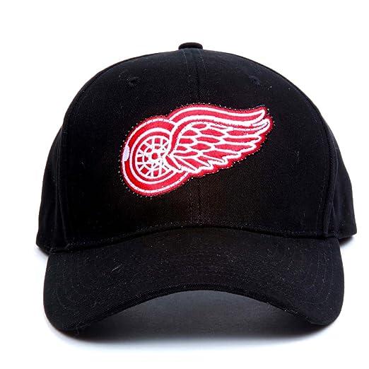 5546e39e08f77f Amazon.com : NHL Detroit Red Wings LED Light-Up Logo Adjustable Hat :  Sports Fan Novelty Headwear : Clothing