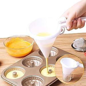 Adjustable Handheld Chocolate Candy Butter Funnel, Food Grade Plastic Pancake Cream Dispenser, Cake Desserts Maker Chocolate Candy Icing Funnel DIY Mold Batter Dispenser Convenient Home & Kitchen Tool
