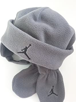 escanear Activar maníaco  Nike Jumpman Jordan - Gorro y Manoplas para bebé (Forro Polar, 12/24 m),  Color Gris Oscuro y Negro: Amazon.es: Deportes y aire libre