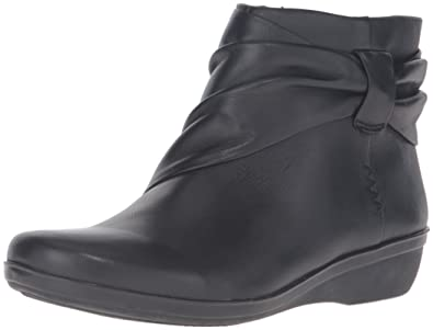 bd354976e36b CLARKS Women s Everlay Mandy Boot Black Leather 5 ...