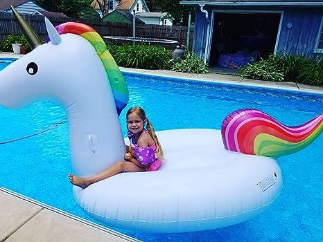 Amazon.com: Flotador de unicornio inflable gigante para la ...