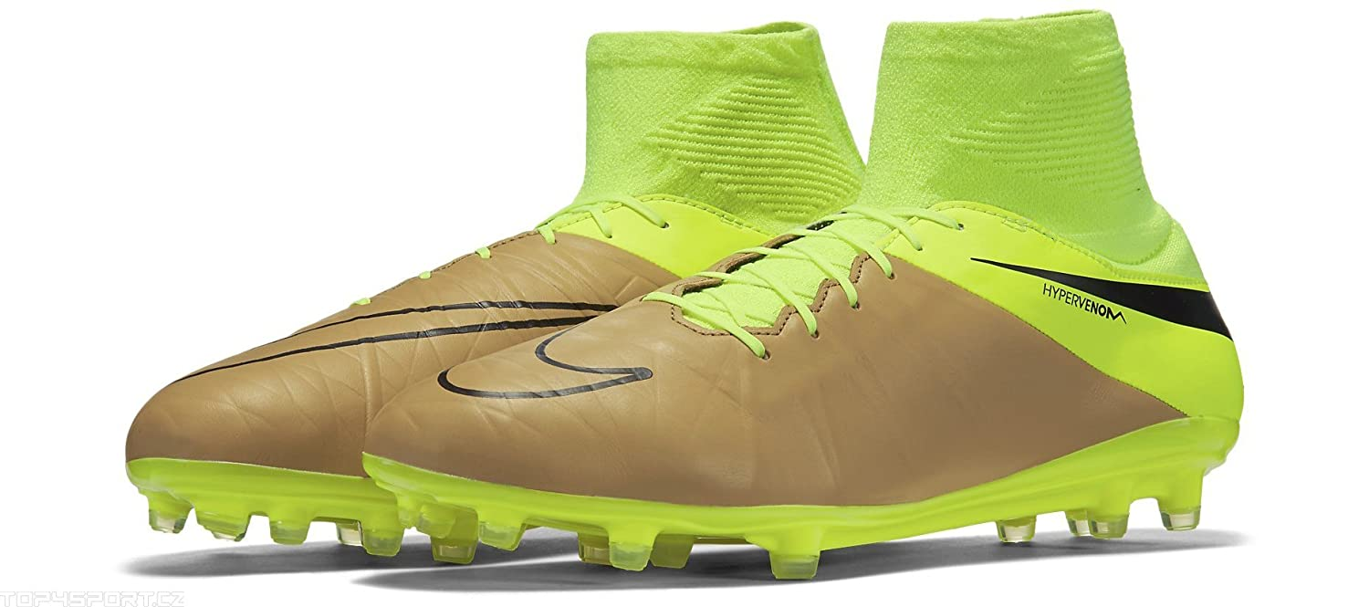 low priced 3da9a 4e671 Amazon.com   NIKE Hypervenom Phatal II Dynamic Fit Tech Craft FG-Canvas Volt Black    Soccer