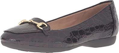 eeb854957c3 Naturalizer Women s Cale Brown Loafer 8.5 M ...
