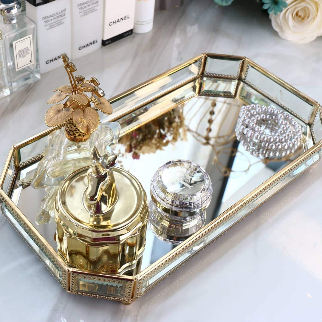 Hersoo Large Classic Vanity Tray/Ornate Decorative Perfume/Elegant Mirrorred Tray for Skincare/Dresser/Vintage Organizer for Bathroom/Countertop/Bathroom Accessories Organizer (Gold) by Hersoo (Image #6)