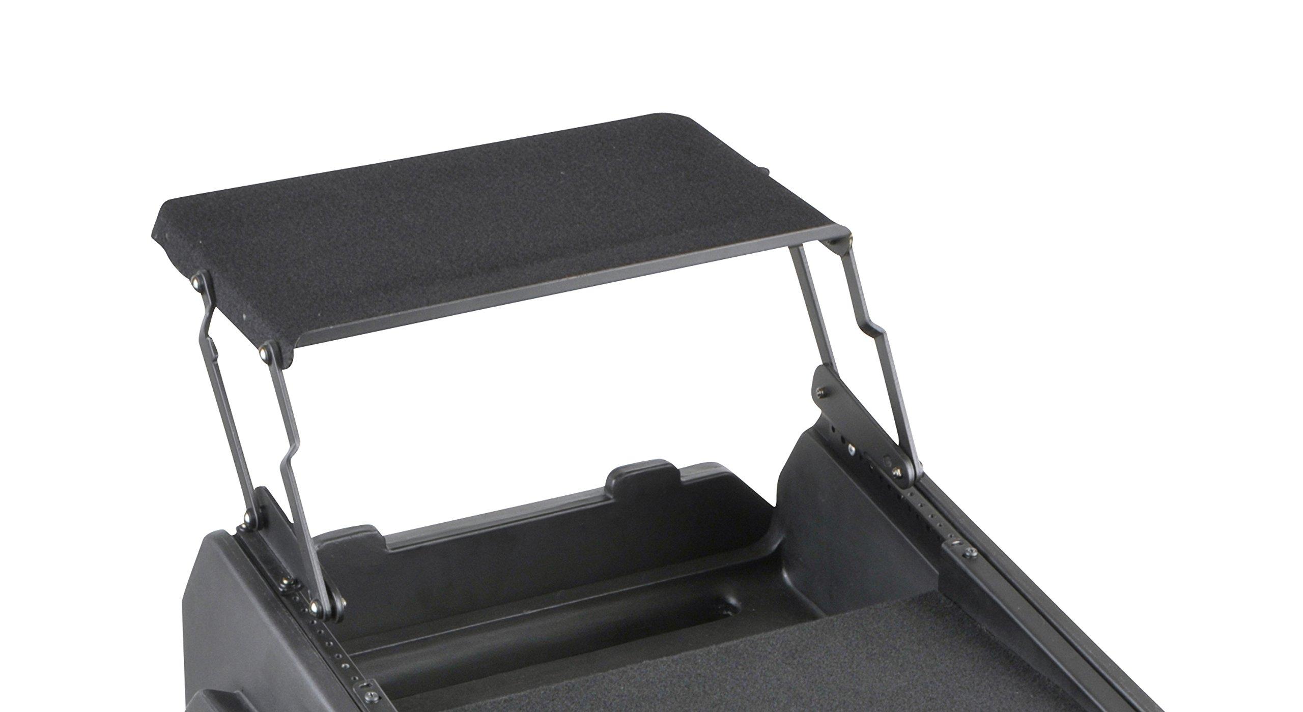 SKB 19'' AV shelf for 8U+ slant top racks