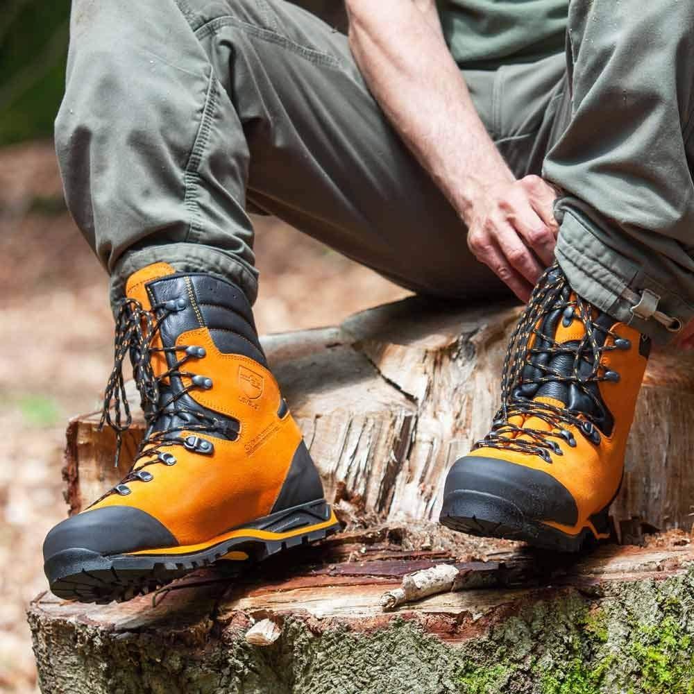 Haix Protector Forest Schnittschutzschuh für mehr mehr mehr Sicherheit bei der Arbeit im Freien a35dca