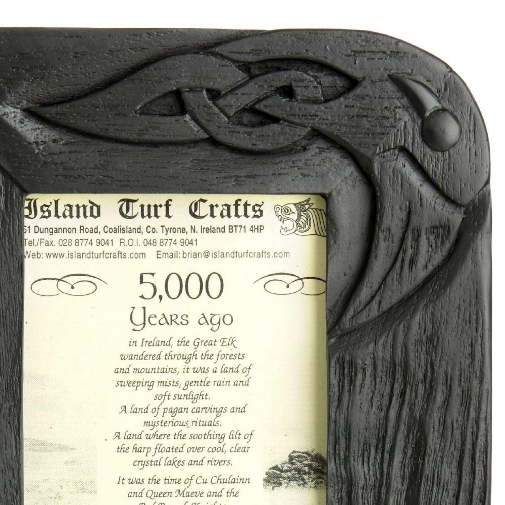 Marco de fotos 10 x 15 cm de la turba., con celta tallado: Amazon.es: Juguetes y juegos