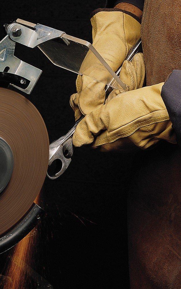 Scotch-Brite Cut and Polish Wheel, Aluminum Oxide, 4500 rpm, 8'' Diameter x 2'' Width, 3'' Arbor, 7A Medium Grit (Pack of 2)