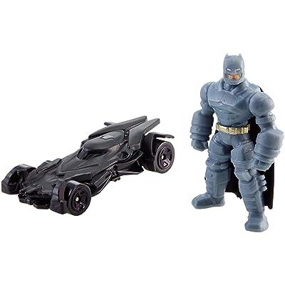 Hot Wheels Batman v Superman: Dawn of Justice Armored Batman Mini Figure & Batmobile: Toys & Games