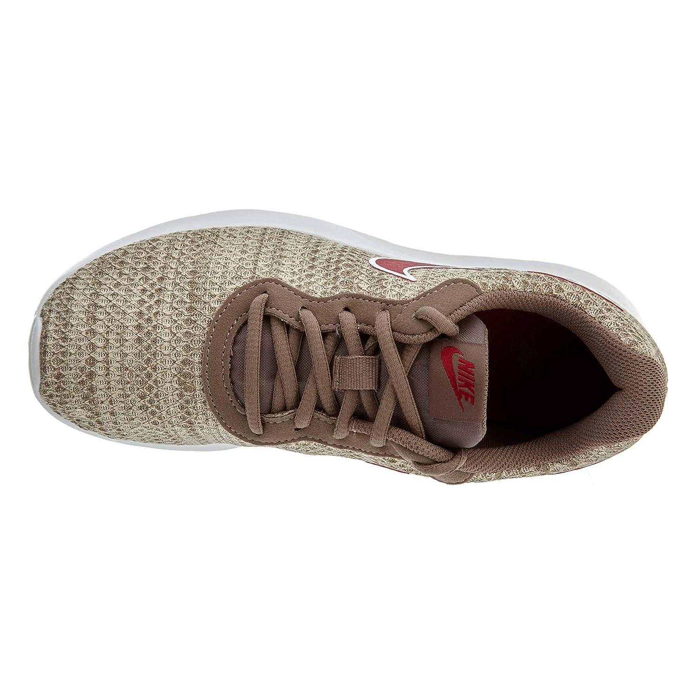7f9b5a708afe Nike Femme Tanjun Premium Chaussure Particules Marron  Amazon.fr  Sports et  Loisirs