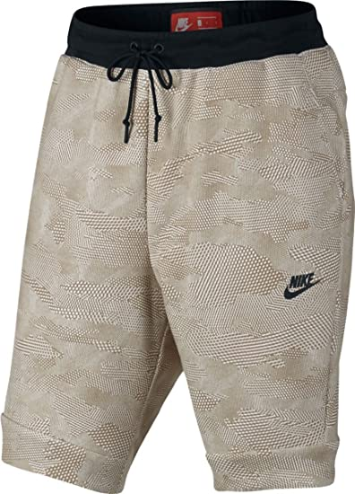 prix incroyable baskets techniques modernes Amazon.com: Nike Men's Sportswear All-Over Print Tech Shorts ...