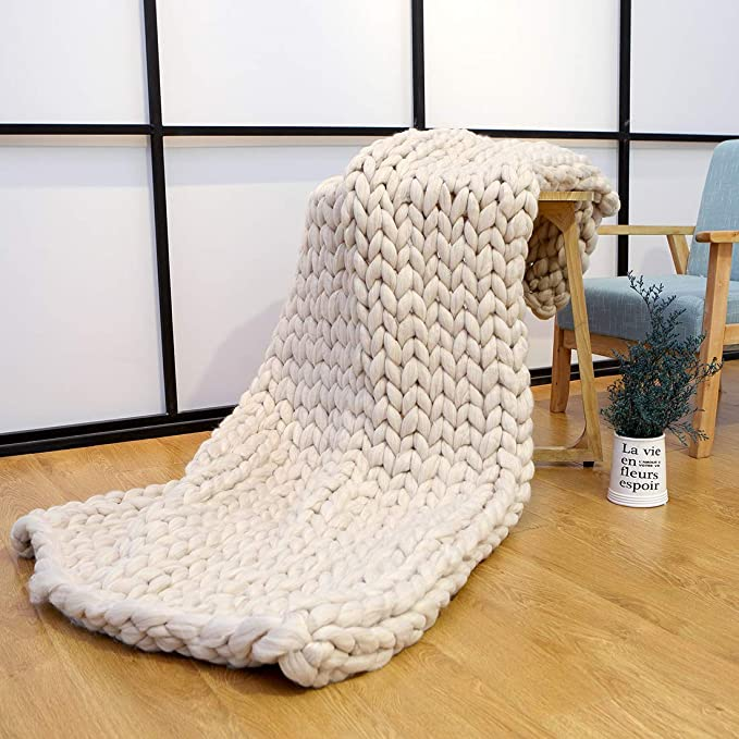 Big soft natural wool bedspread \u2018Boteh 25\u2019 made in Europe Chunky knit grey natural sheep wool throw blanket with fringes