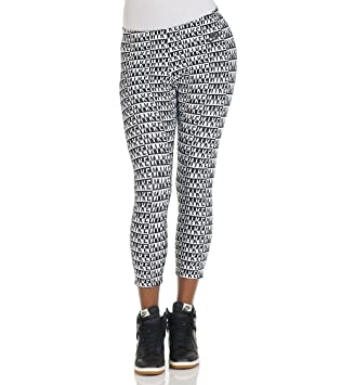 eb90f14e8acdf Nike Leg-A-See All Over Print Women's Cropped Leggings-L: Amazon.co ...