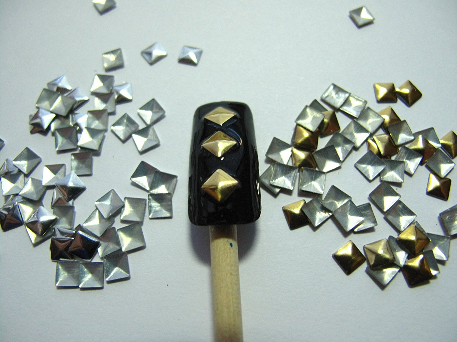 Nail Art 270 Pieces Gold & Silver 4mm Square Metal Studs for Nails, Cellphones BTArtbox