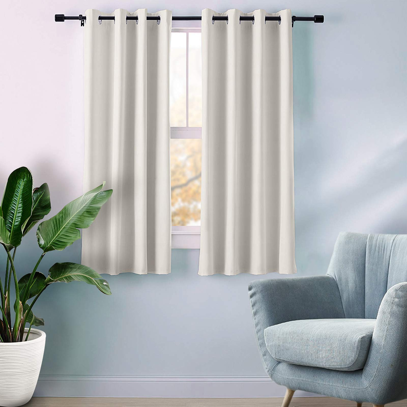 Dark out curtains