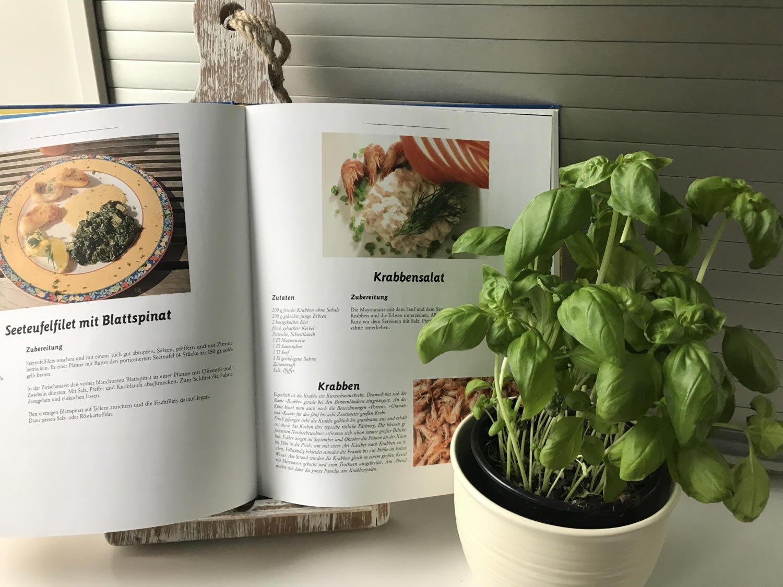 LS-LebenStil Kochbuchständer Teakholz Lesepult Kochbuchhalter ...